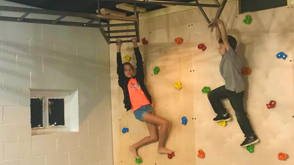 10_RockWallAndMonkeyBars